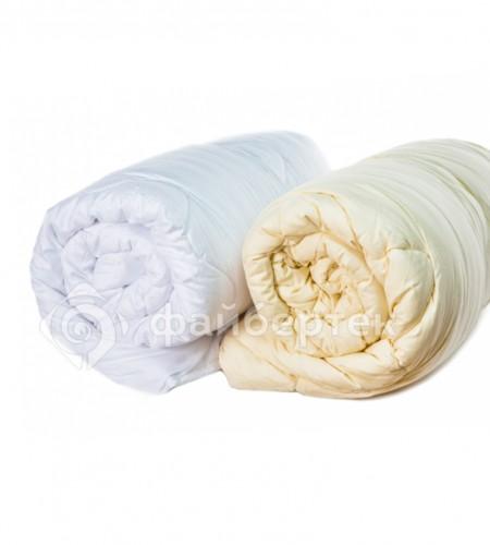 Одеяло с наполнителем Файбертек однотонное (сатин, всесезонное)
